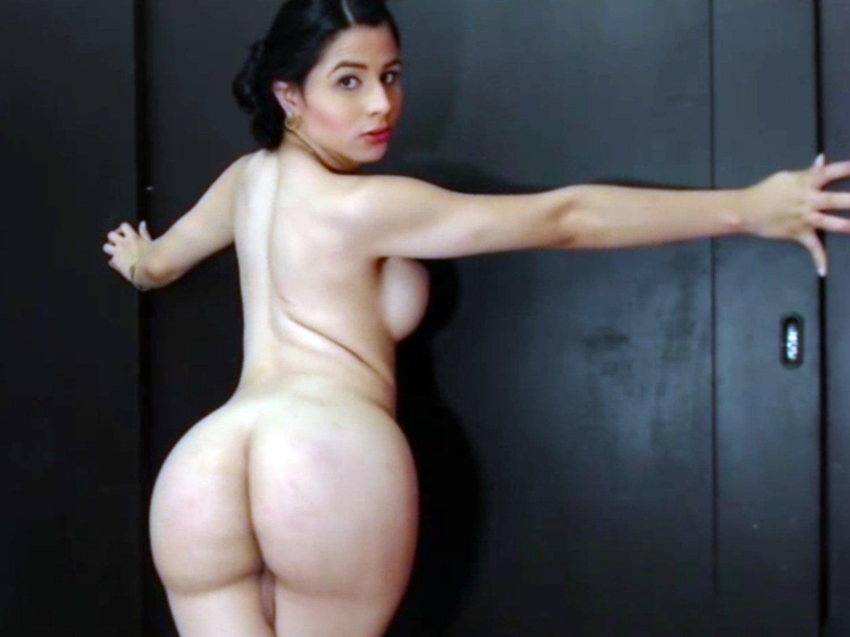 Tranny huge ass