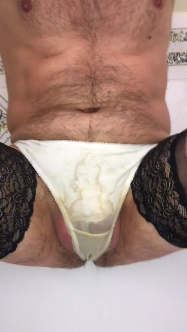 Shemale soft solo cumming