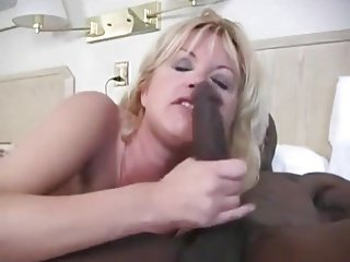 Sexy Hotwife loves this BBC!