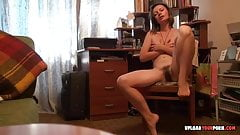 Mature with hairy pussy fingering cunt on a chair's Thumb