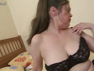 55YO mature slut mom getting her pussy wet