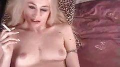 Keli Anderson - Smoking Fetish at Dragginladies