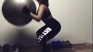 thai squat