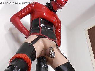 AMATEUR SISSY - LATEX BOY BOUND - BDSM - HUGE DILDO ANAL - D