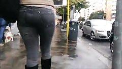Follow Ass 27 (Jeans and high-heel boots)