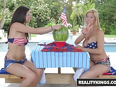 RealityKings - Moms Lick Teens - Alexis Deen Alexis Fawx - L
