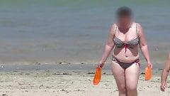 bbw milf in the bikini