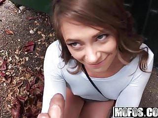 Mofos - Public Pick Ups - Kirsten Lee - Slender Cutie Spread