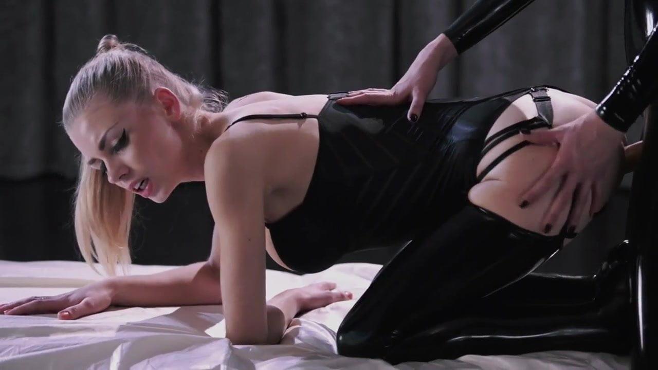 Lesbian Strapless Dildo Fun In Latex, Hd Porn 58 Xhamster-2158