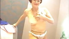 Amateur Granny Teases on Webcam