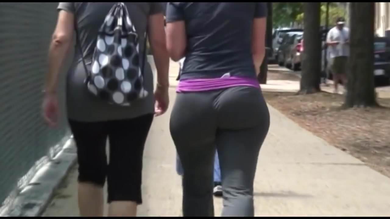 Jiggliest bbw booty ever (part 2)