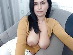 Big Tits Teacher Shows Tits On Cam