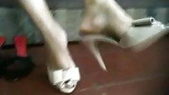 Sexy latina feet 4