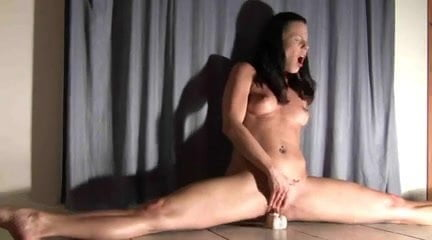 порно оргазм на шпагате