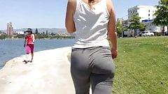 Amazing milf walking in yoga pants