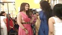 Bollywood actress wardrobe malfunction