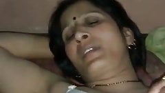 indian aunty fucked with secret lover in her home