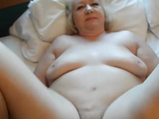 Goldenpussy video clip55 do you wante more clips??