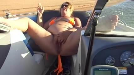 Just turned 20. Hot bbw milfs love sexxx. love show