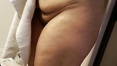 Voyer wife out of shower