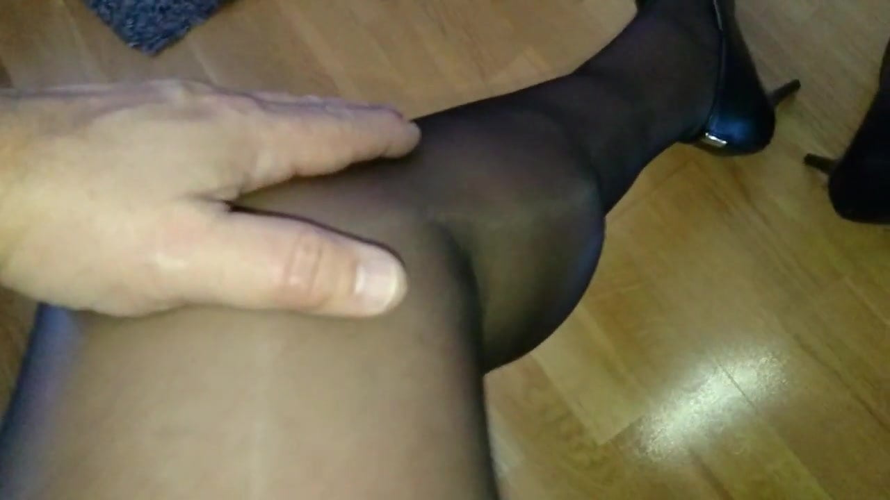 Men in nylons and heels