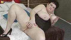 Busty MOM alone on cam
