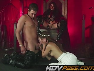 Light bondage bdsm - Hdvpass romi and riley try light bondage in this mff threeso