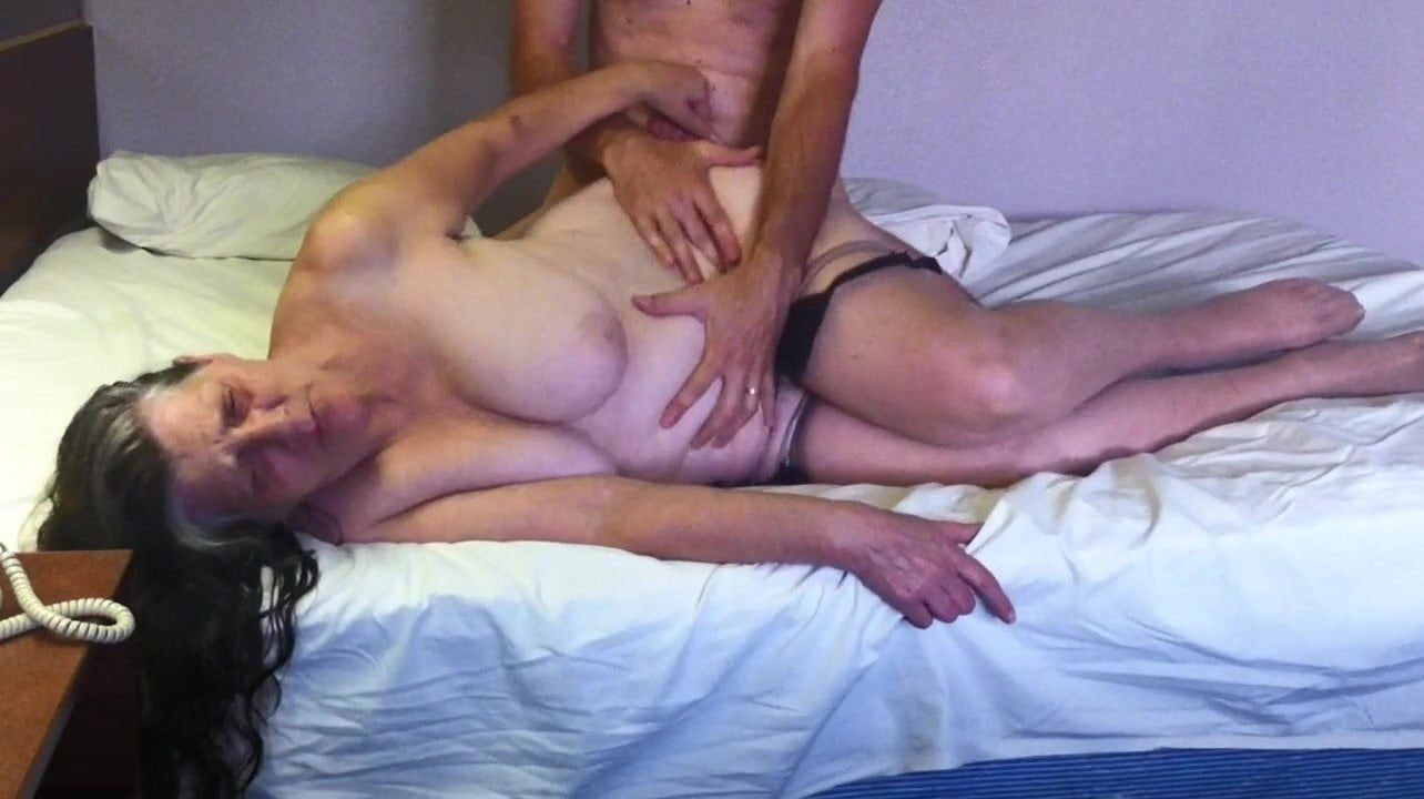 screaming-mature-fuck-movies