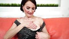 Sexy Brunette Nana