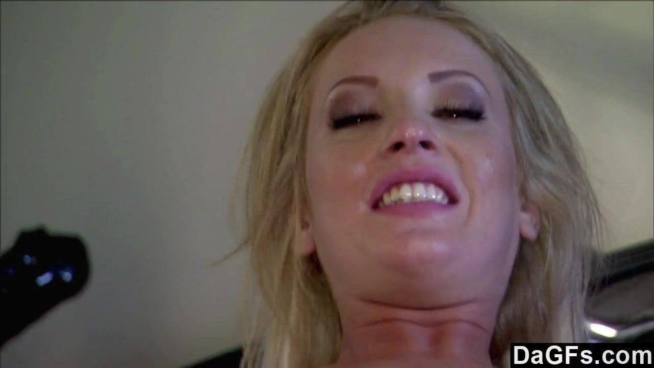 Ниссан кэмерон порноактриса видео