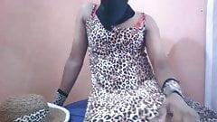 Teen Sri Lankan Crossdresser Anushi CD Self Cam Hot 01