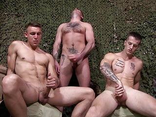 ActiveDuty Straight Soldiers Jerking & Bareback 4 Sergeant