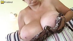 Huge big breasted MOM playing with herself