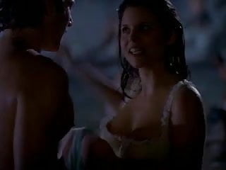 Tiffani-Amber Thiessen - She Fought Alone
