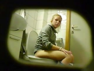 Download video bokep Blonde amateur teen toilet pussy ass hidden spy cam voyeur 8 Mp4 terbaru