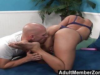 Adultmemberzone Covering Mariah Milano S Feet In Jizz