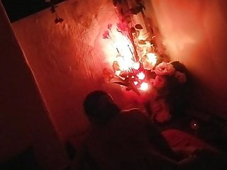 Spycam capture farang and thai lady in massage parlour