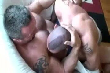 gay muscle porn clip: BB Mauri and Jorge Ballantino, on hotmusclefucker.com