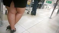 Sexy Curvy legs, high heels