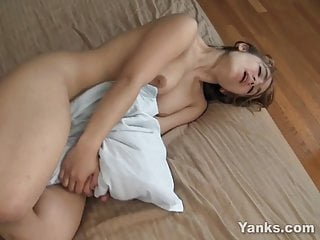 Yanks Hottie Holly Blaze Humps Her Pillow