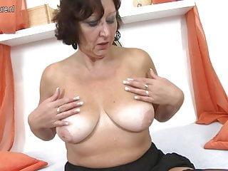 Real Granny playing with her old wet pussy
