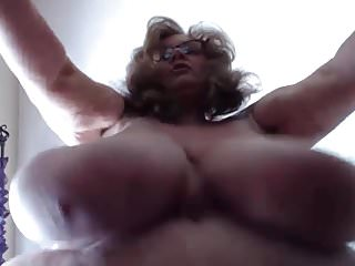 Horny BBW Suzie with all natural 44Q big clapping boobs