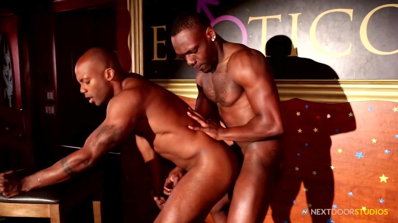 hands free blowjob gay porn