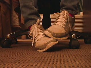 Free bbw amature vids - Nike free sneaker fondling hand crushing full vid