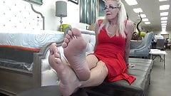 Demur 62 year old size 10 soles feet