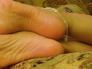 Relaxing Pt 2 w Anklet