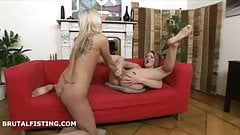 Dusia has her pussy and ass fisted by Lolly