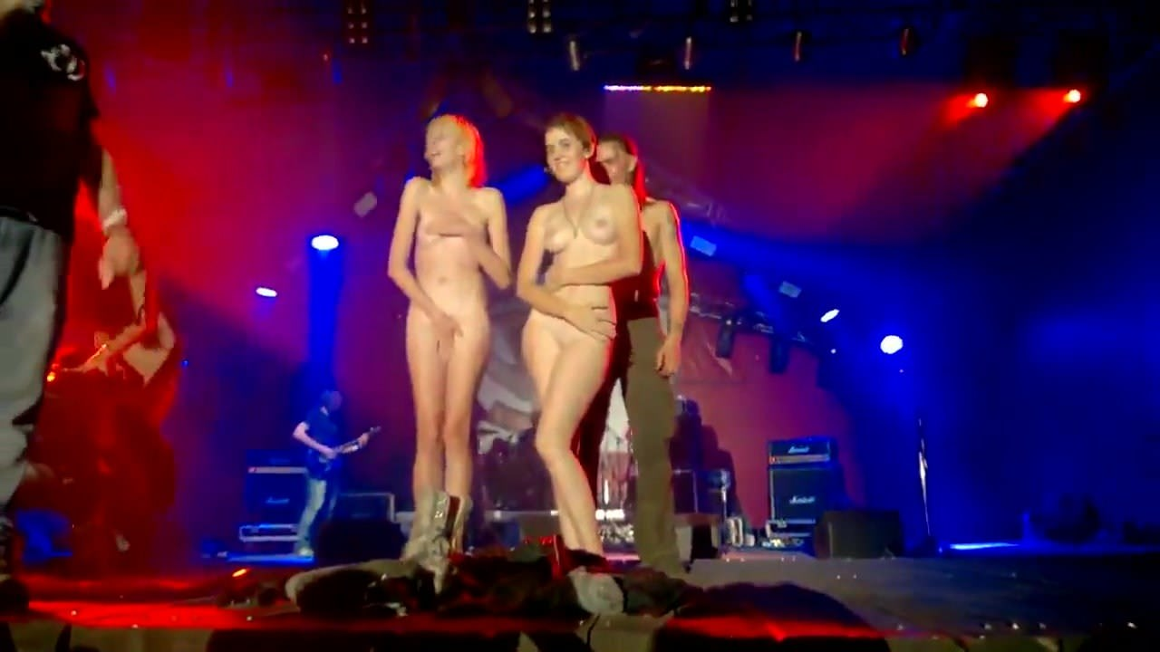 asian females naked on stage