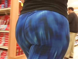 PAWG Hot Jiggling Booty in Spandex