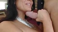 Elle Cee hot momma